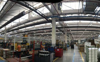 Illuminazione Industriale a LED: Lampade per Capannoni Prefabbricati